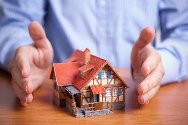 ЦБ рекомендует банкам относить застрахованную ипотеку к менее рисковым