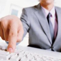 В 2015 году покупка полиса ОСАГО станет доступна в режиме онлайн
