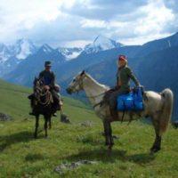 Эксперты: нужен ли полис страхования туристов для отдыха по России?